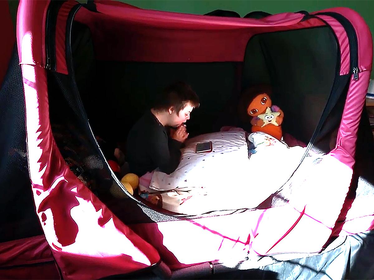 発達障害の子ども向け安全ベッドで家族全員も安心し眠れるように b6
