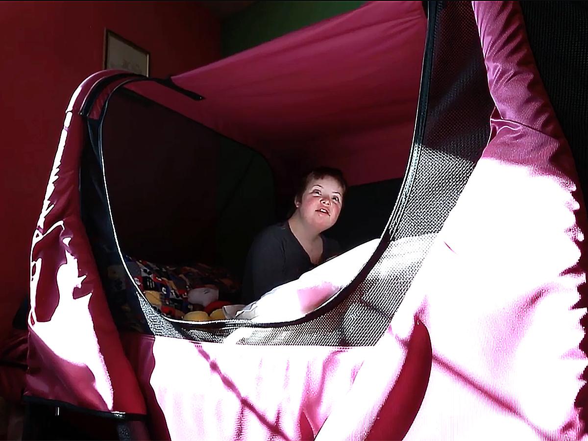 発達障害の子ども向け安全ベッドで家族全員も安心し眠れるように