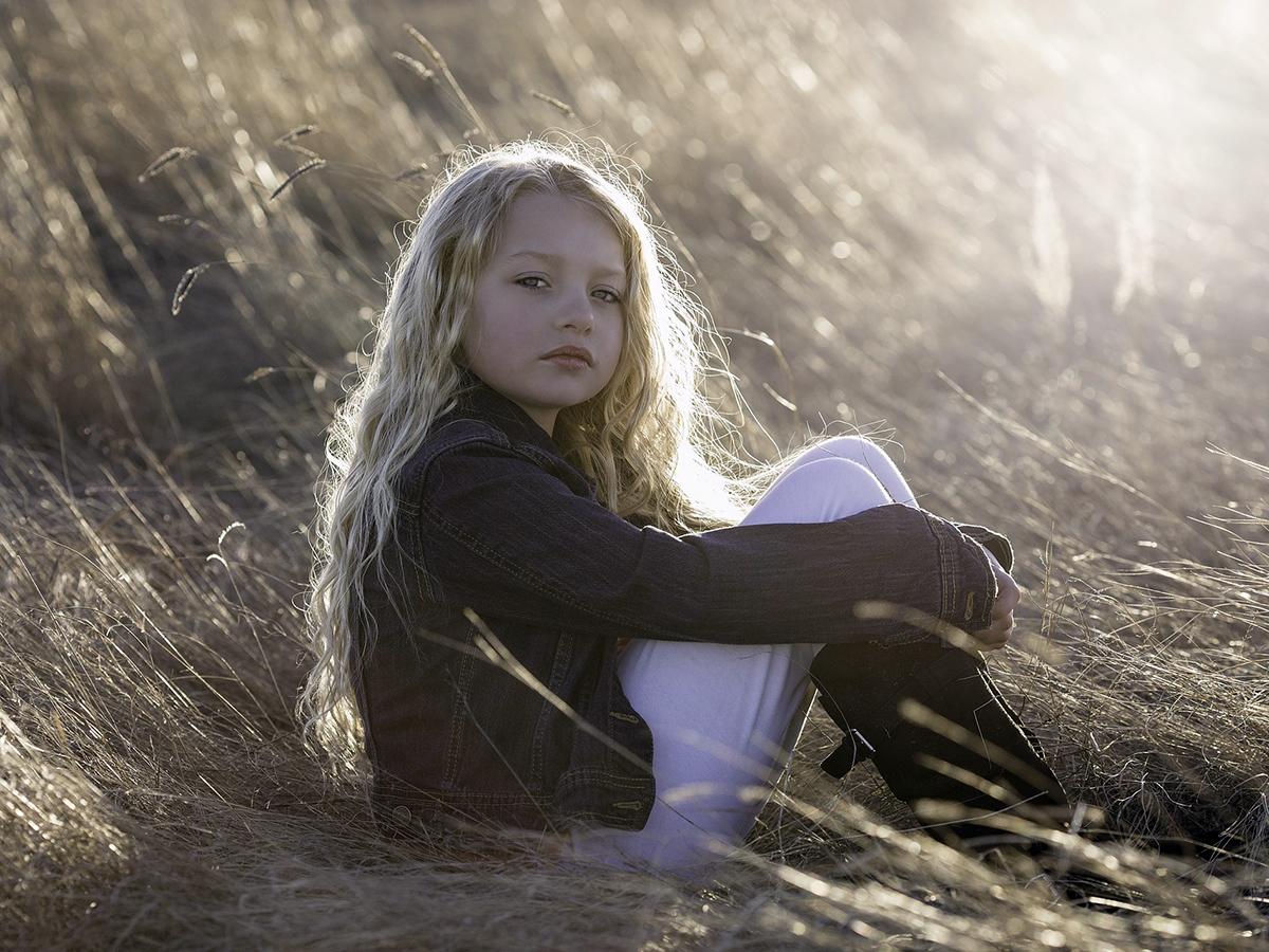 発達障害と診断をされた女の子が男の子に比べて障害が重度の理由 f3-1