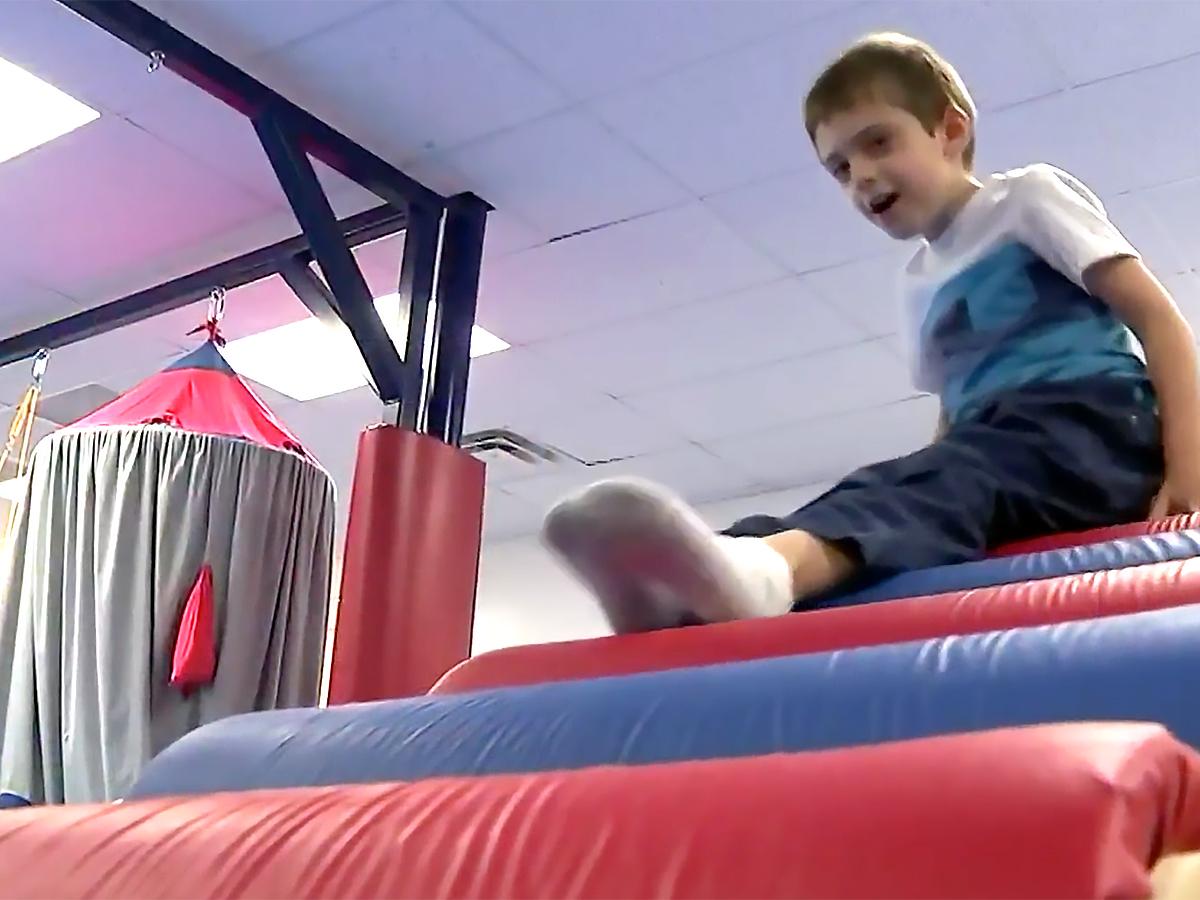 発達障害など特別支援が必要な子たちの感覚に配慮した安全なジム g4-2