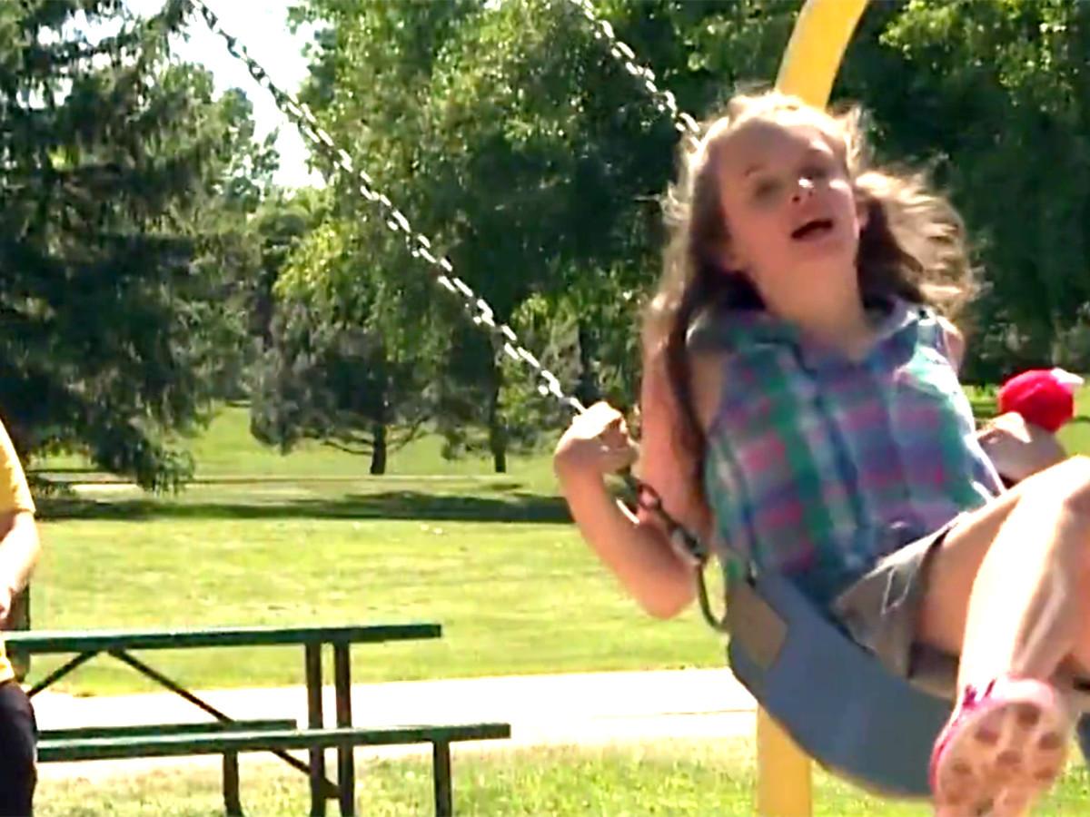 自転車が発達障害の娘を外へ連れ出し、人生に喜びをもたらした b2-2