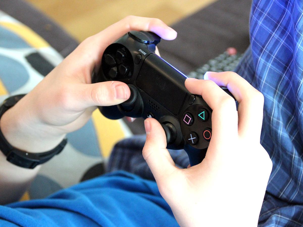 テレビゲームは発達障害の人たちにとって社会とのインタフェース