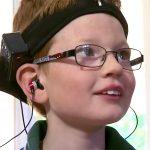 発達障害の子の脳活動の変化を監視し音で困難の改善をする装置