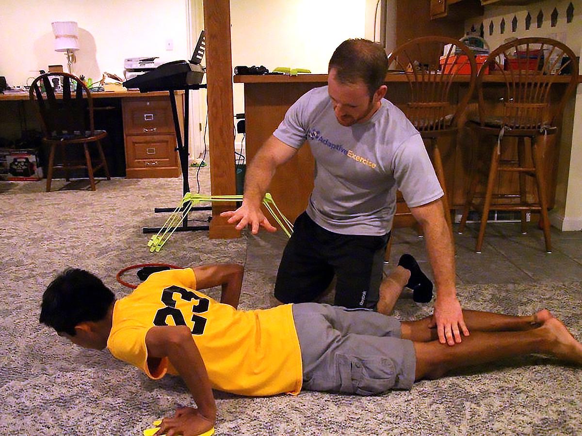 発達障害の方それぞれに合わせた「適応運動」個人トレーニング p2