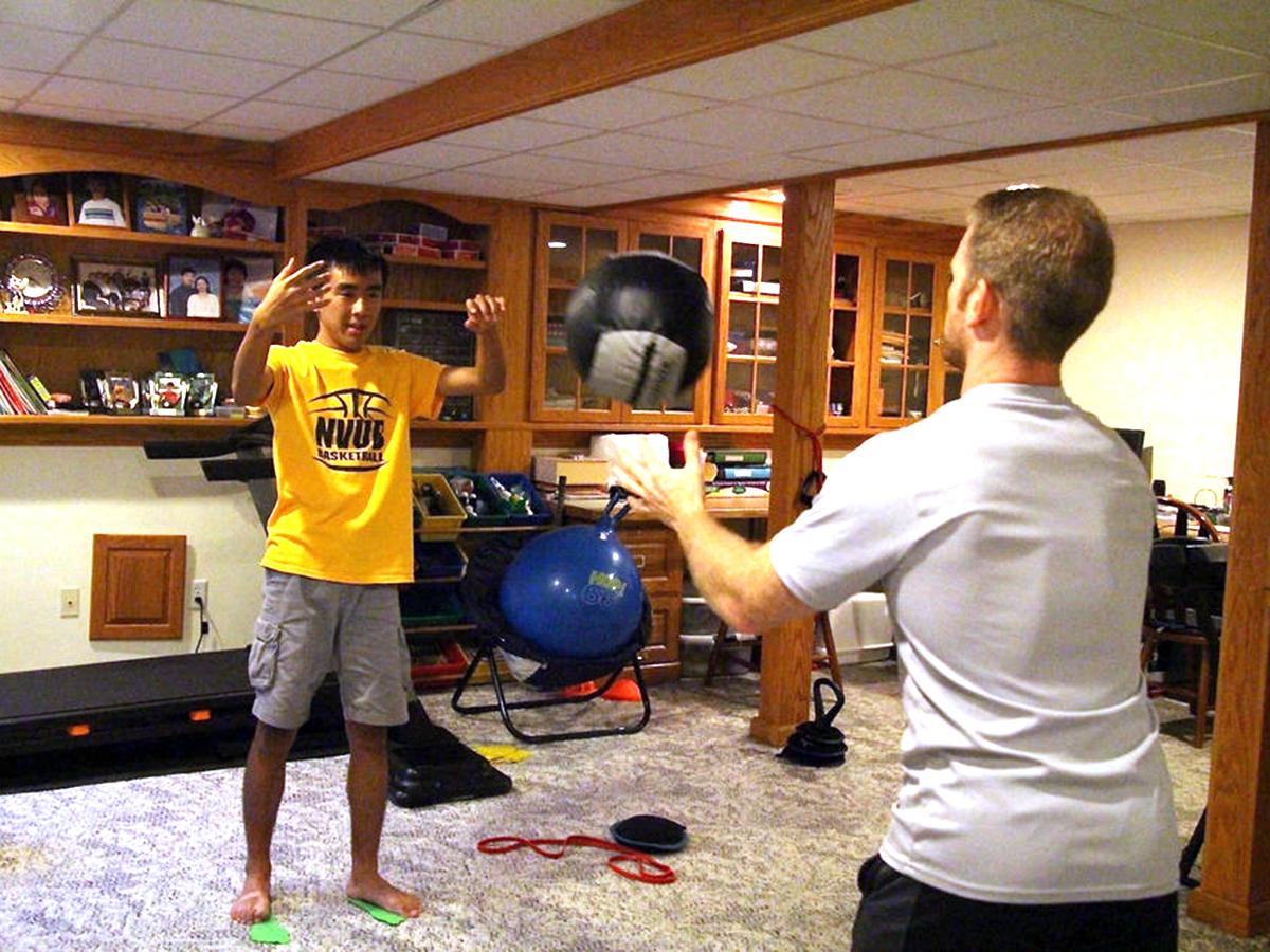 発達障害の方それぞれに合わせた「適応運動」個人トレーニング p7