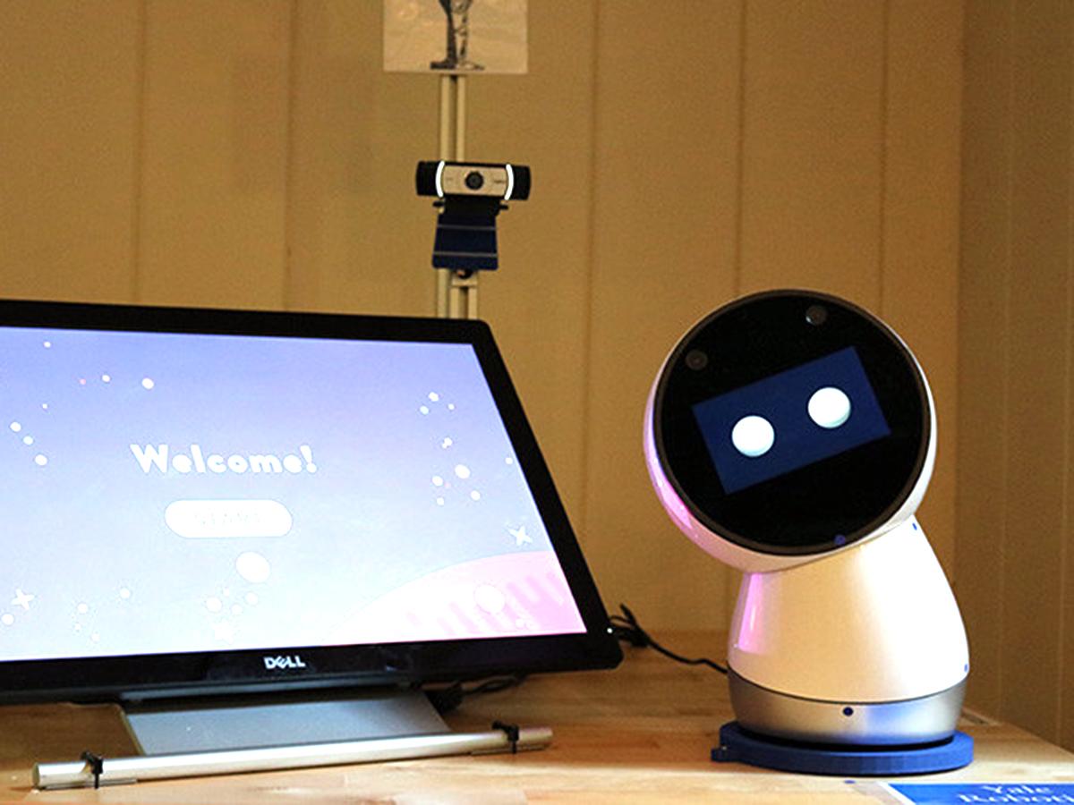 自閉症スペクトラム障害の子が30日間ロボット利用で劇的に改善