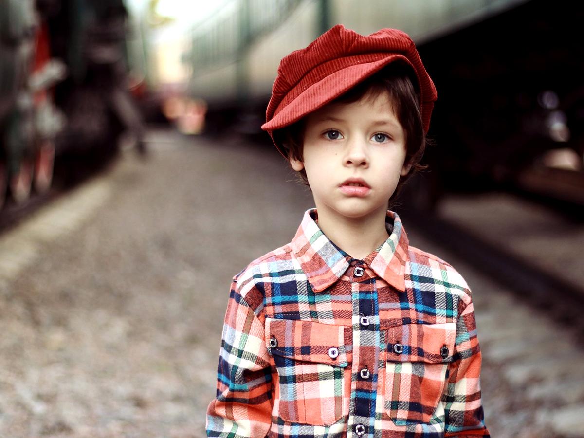 自閉症の子は睡眠障害だと便秘が多いなど同時に抱える症状の研究
