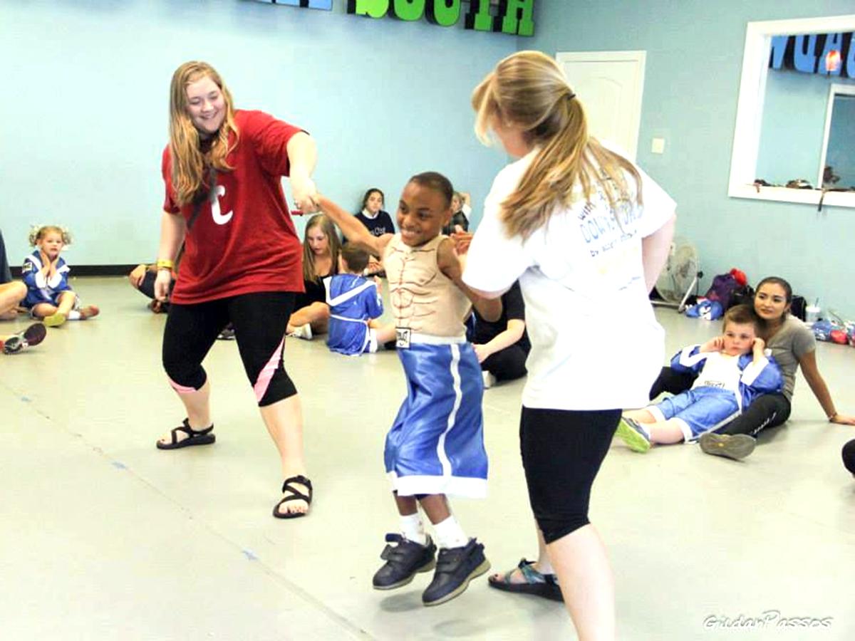 あの発達障害の女の子にもまた来てほしい。母が始めたダンス教室