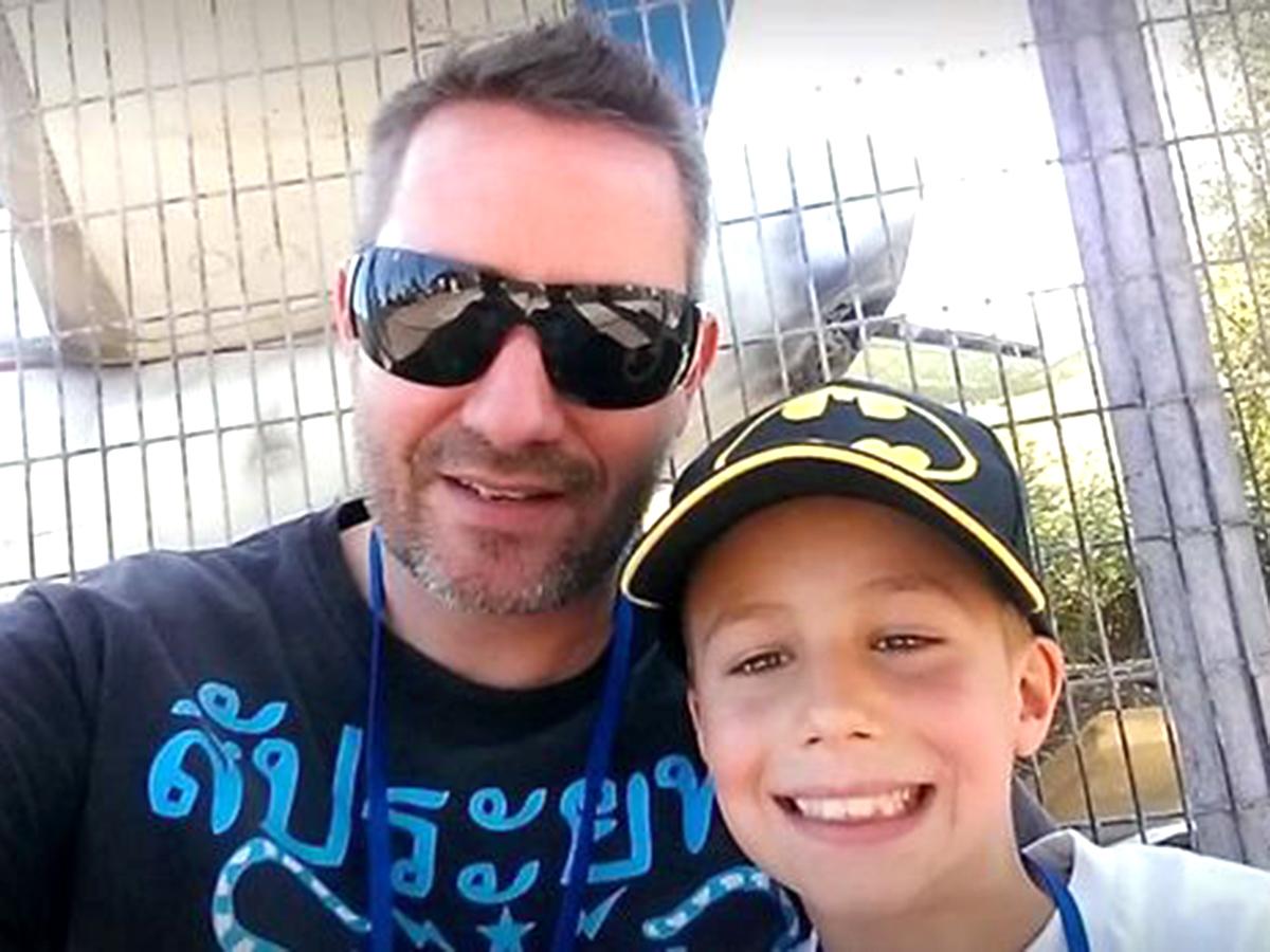 発達障害の少年はジェットコースターに乗りたくて毎日身長を測る j1