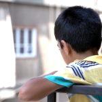 ずっと街を見ていた発達障害の少年・戦争難民・支援:母の願い