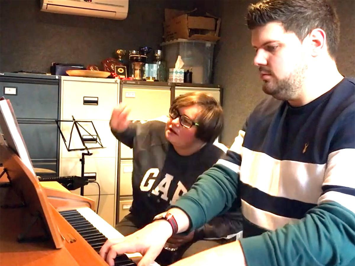 発達障害の女性が自らのことを歌ったネット投稿動画が人気に u3-1