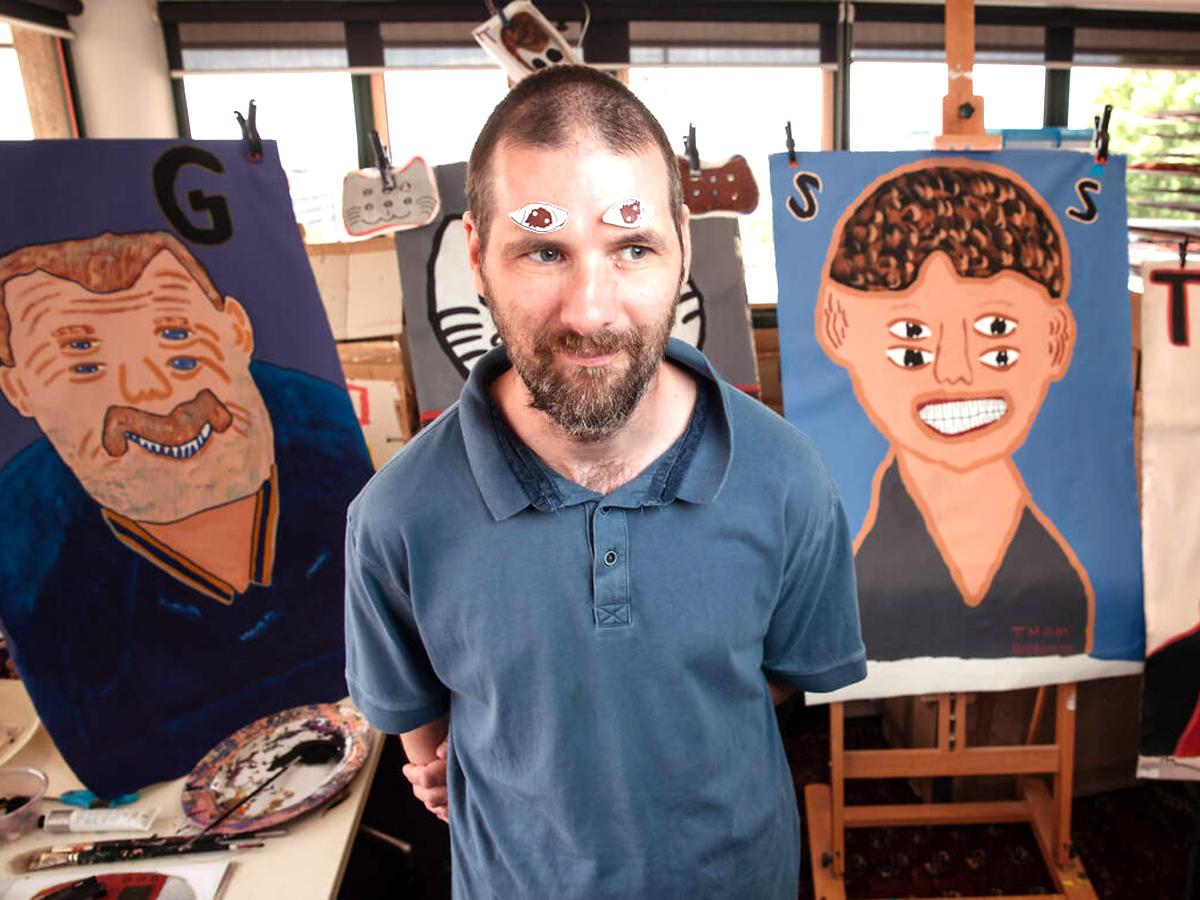知的障害のアーティストの活動と収入をサポート。2年で売上3倍
