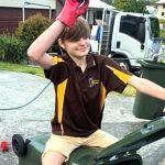 16歳の発達障害の少年が起業。自信もつき3人を雇うまでに