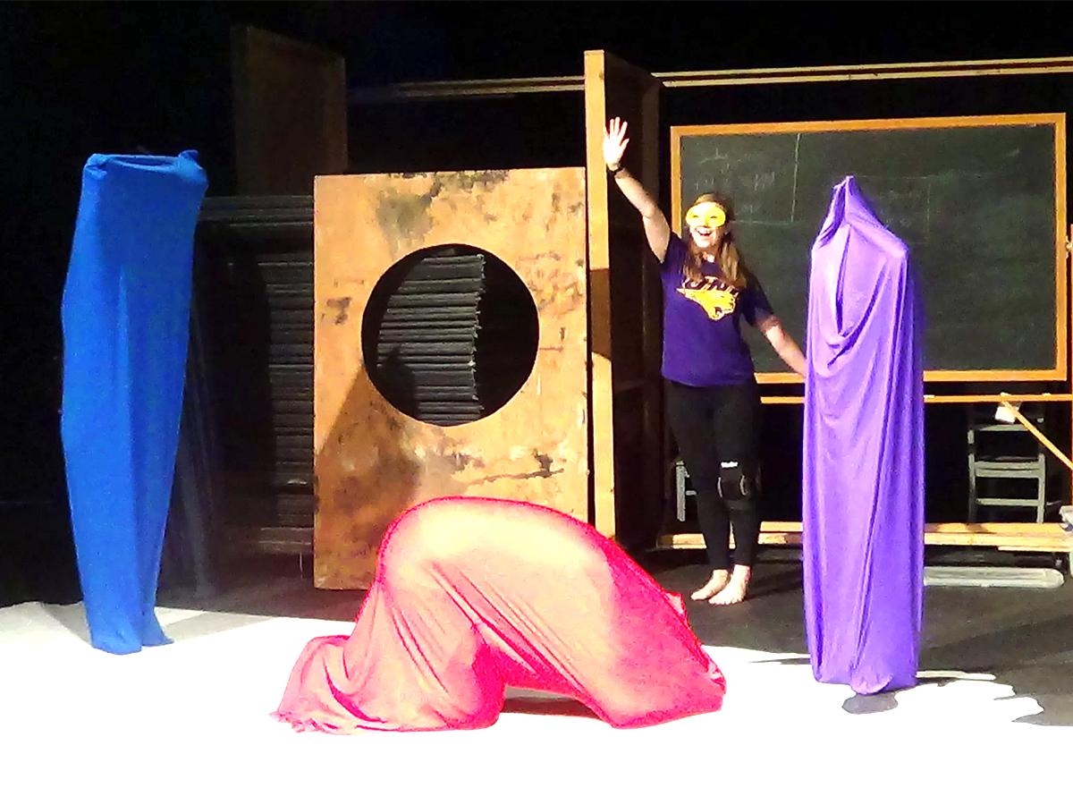発達障害の子どもたちが楽しめる参加型「月面着陸」体験演劇