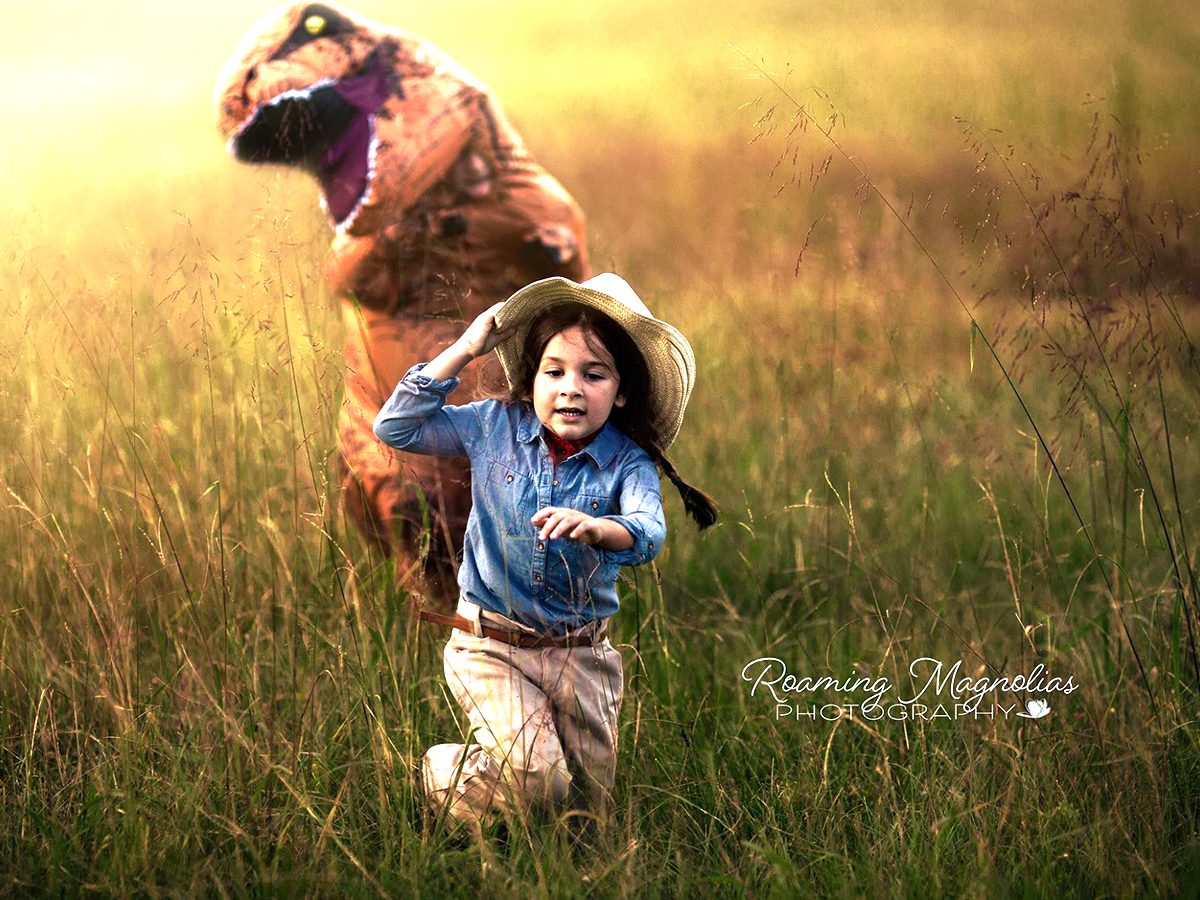 発達障害の息子は写真を取られるのが苦手。なので恐竜になった