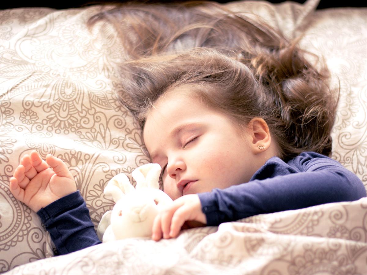 自閉症スペクトラム障害の子が睡眠障害になる可能性は2倍も高い p1-1