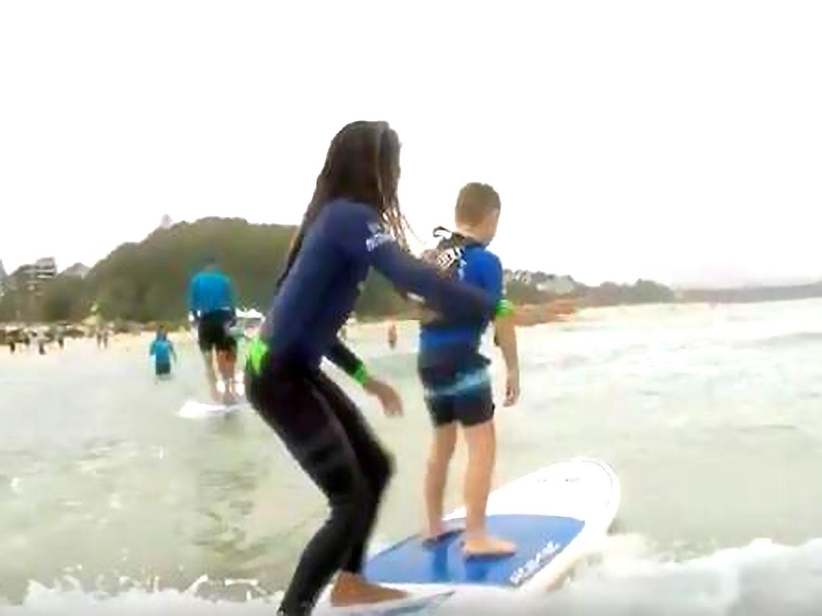 発達障害の子の困難に負けない力を育むサーフィンのイベント s3