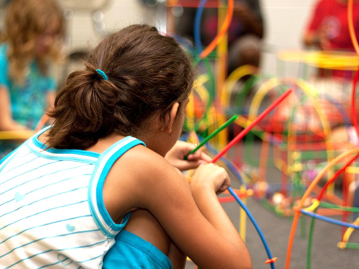 発達障害の子にとってつらい学校の休憩時間を良くするための研究