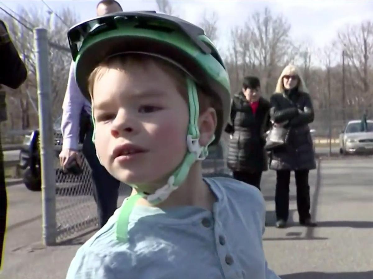 発達障害の5歳の子どもにした行為で少年グループを警察が探す k5-1