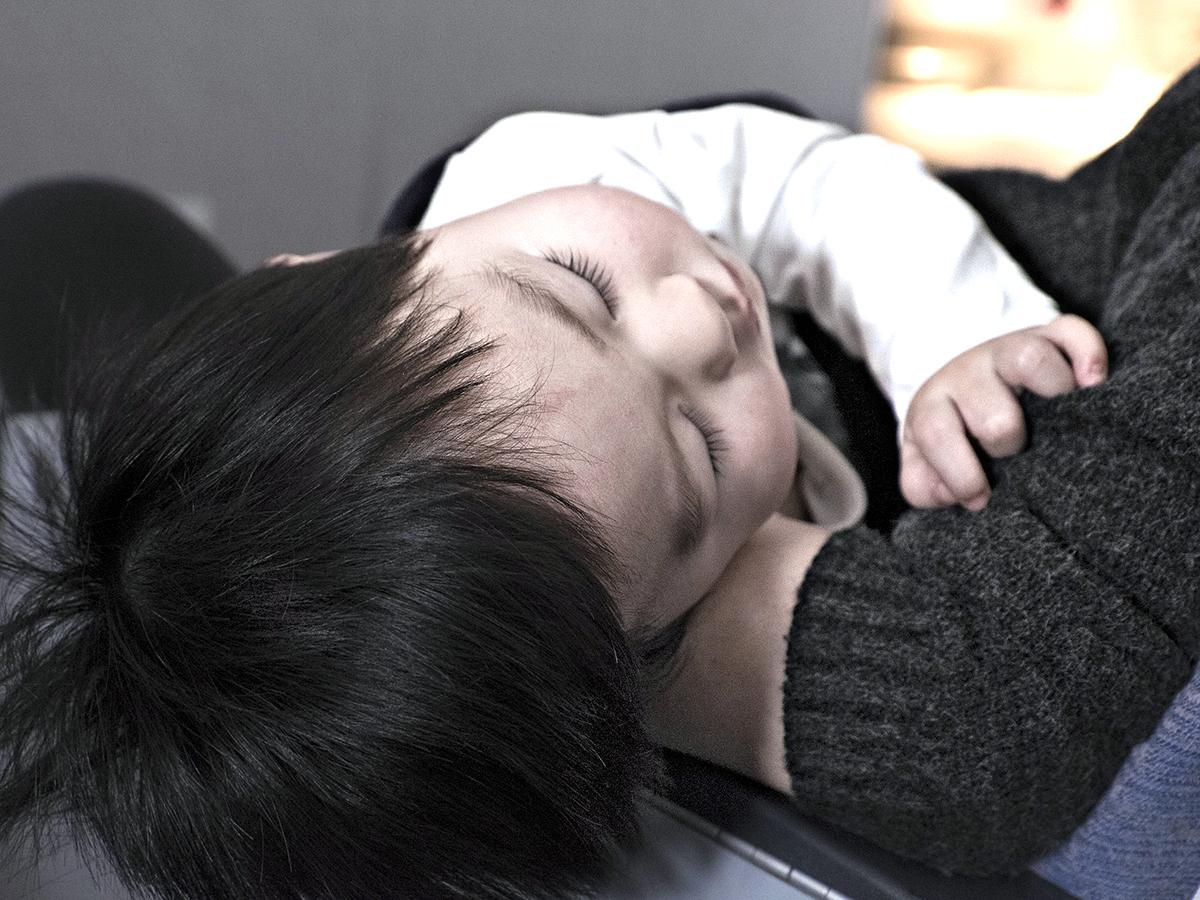 自閉症の子の睡眠の問題の原因は感覚過敏によるものと調査研究 n2