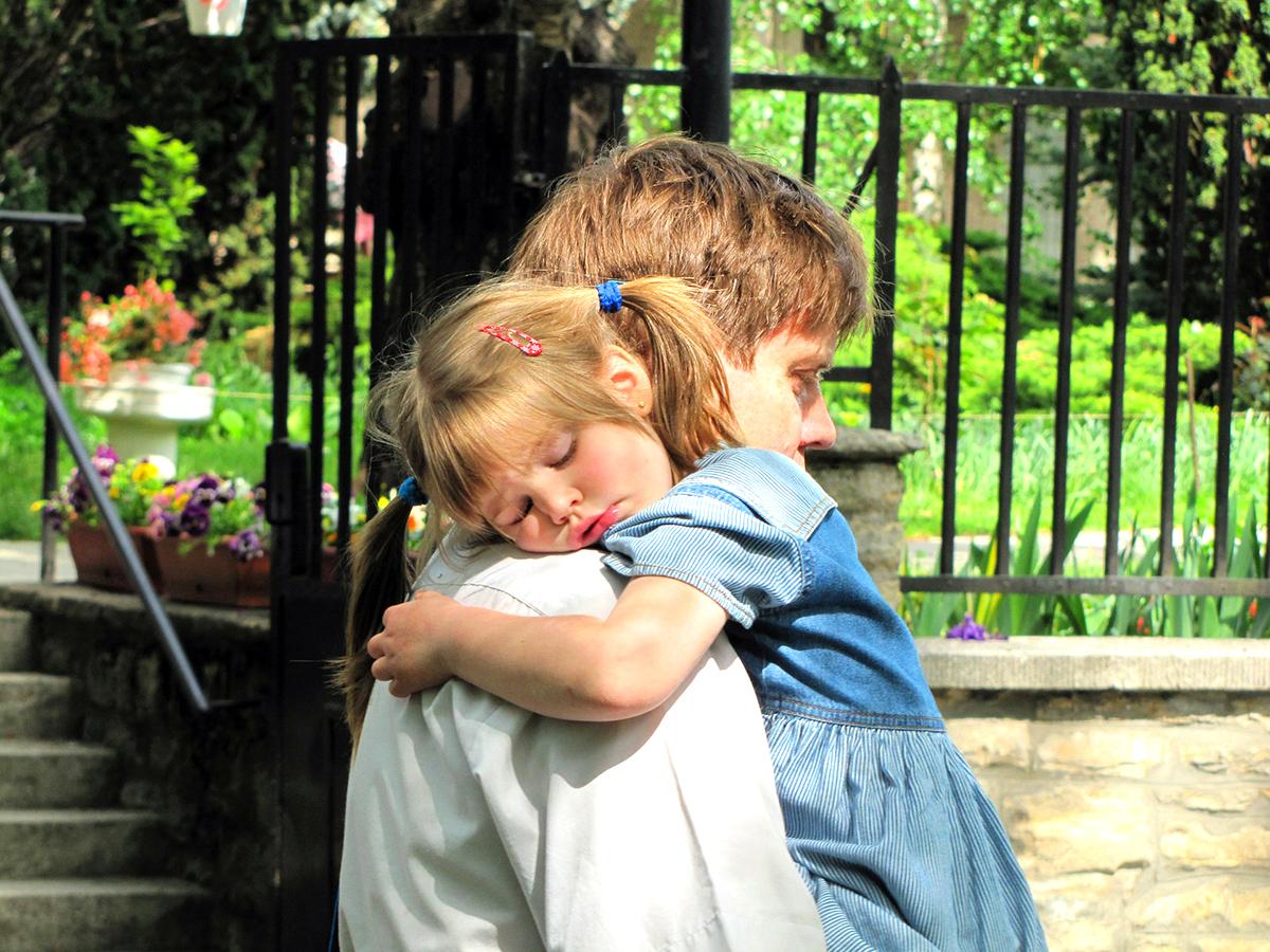 自閉症スペクトラム障害の子の睡眠障害の原因は複雑。特定が重要