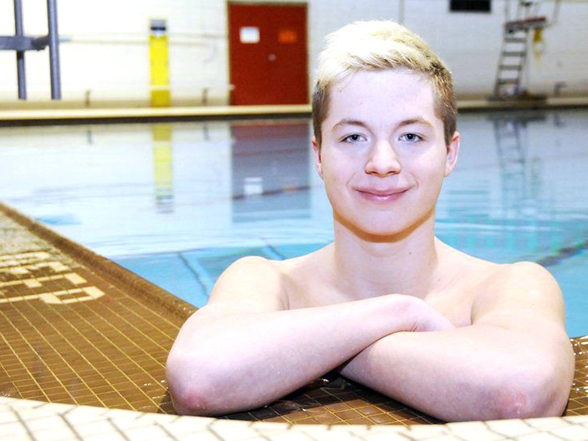 発達障害の少年は水泳と出会い、学校を転々とした人生を変えた s2-3
