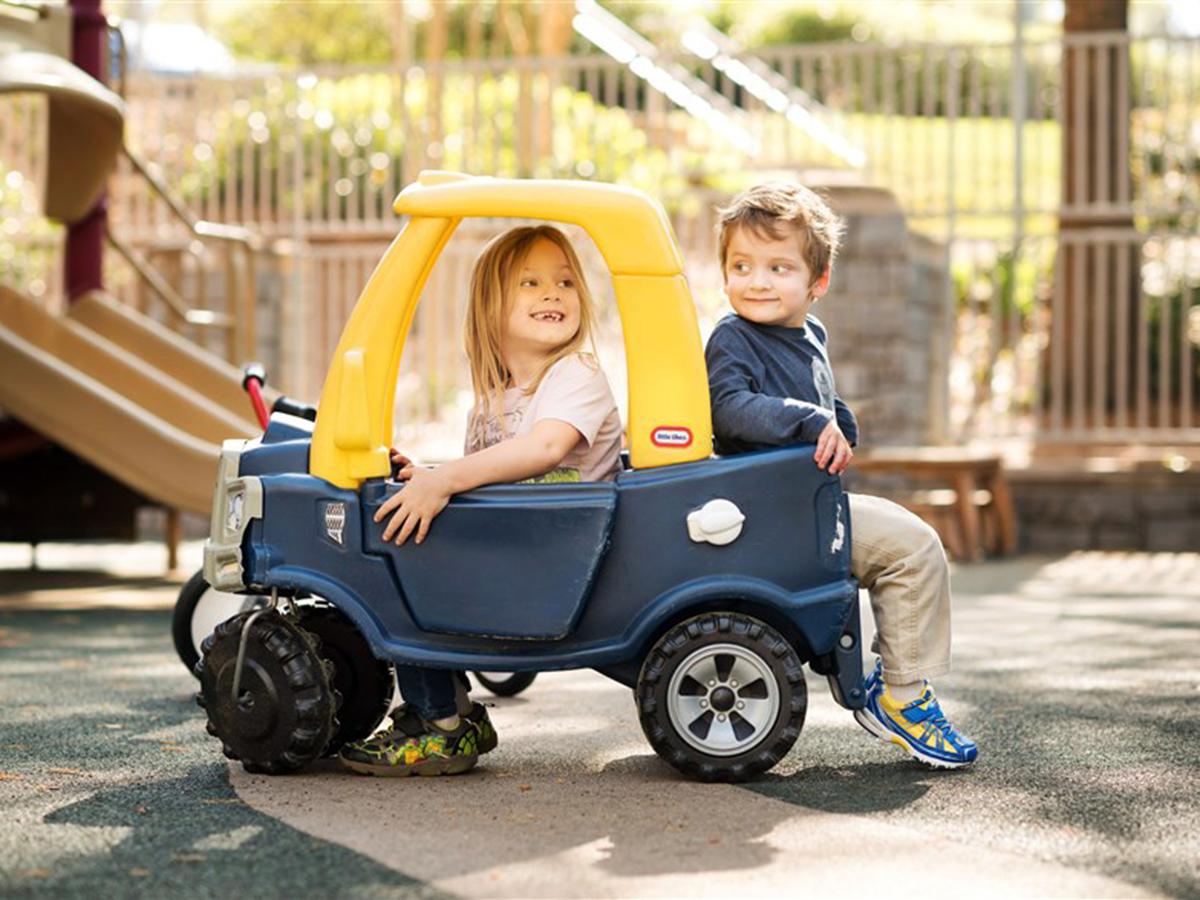 発達障害の子どもたちも成長して親密な友情を育むことができる