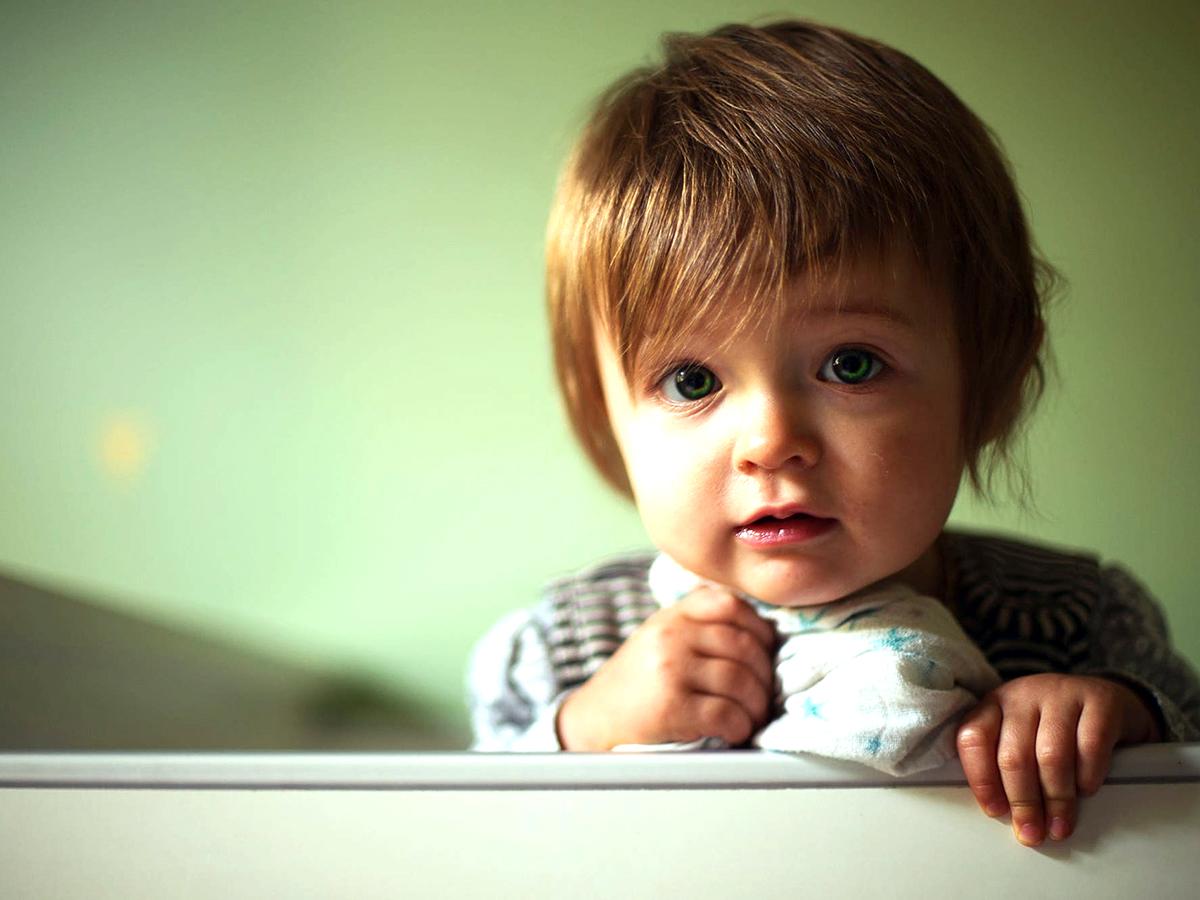 自閉症の子のうつ病の症状は不眠症や落ち着きのなさとして現れる f1