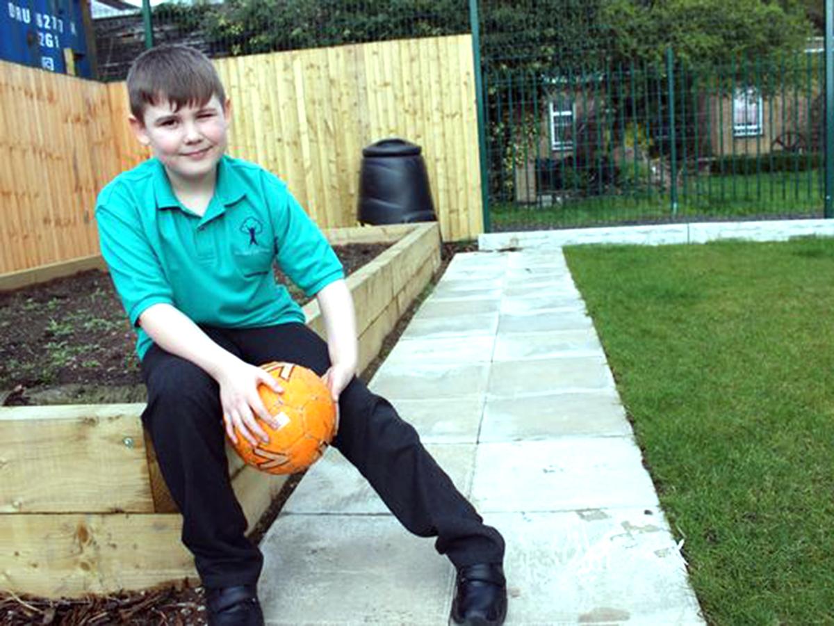 発達障害の子どもたちが再び学べる通うのが楽しみになる学校 g1