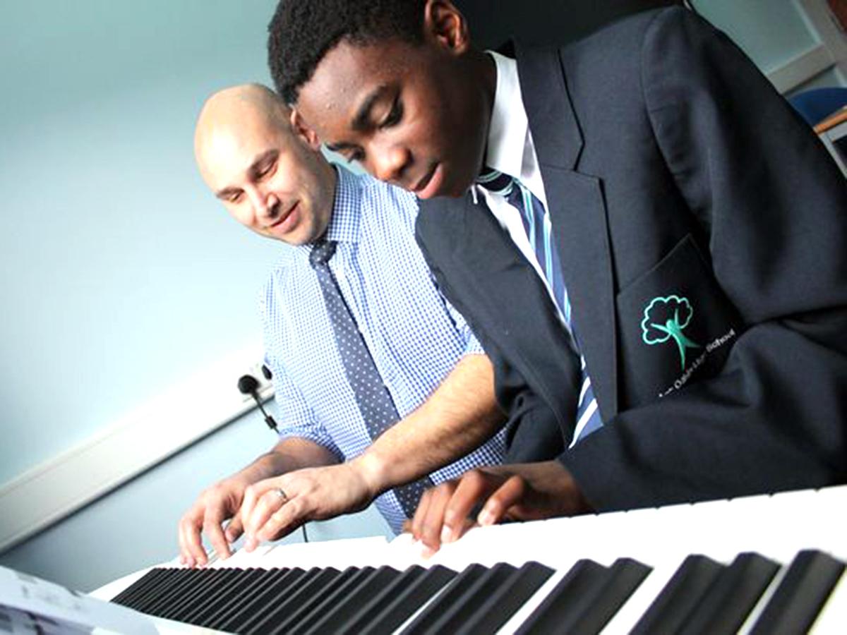 発達障害の子どもたちが再び学べる通うのが楽しみになる学校 g2