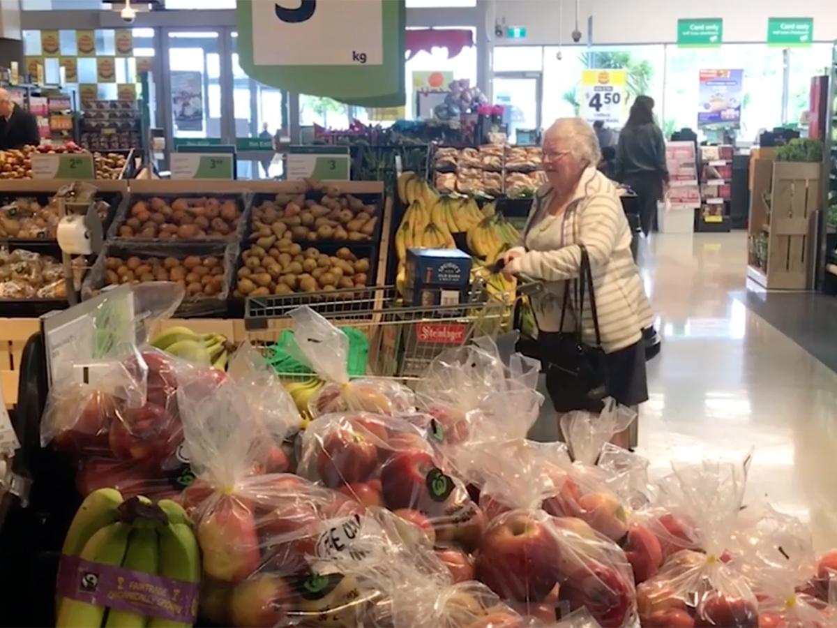 発達障害の子の母の活動で、スーパーでの「静かな時間」が実現 q4