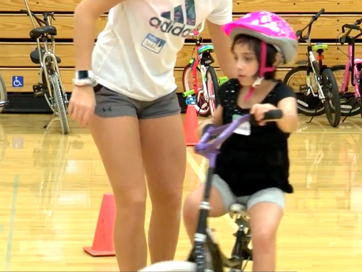 発達障害などの子たちが乗れるように。自転車一週間スクール