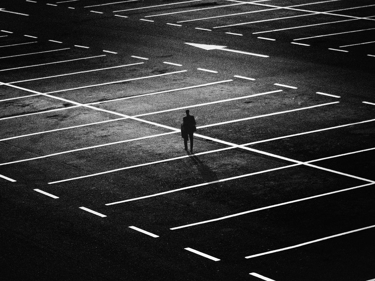 自閉症の人は不幸で不安でうつという結果。世界に対応を望む研究 f4
