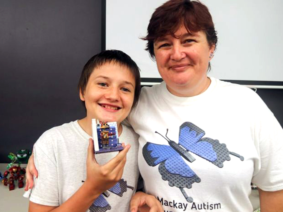 家族グループや作業療法士が行う発達障害の子への「レゴ療法」 l2