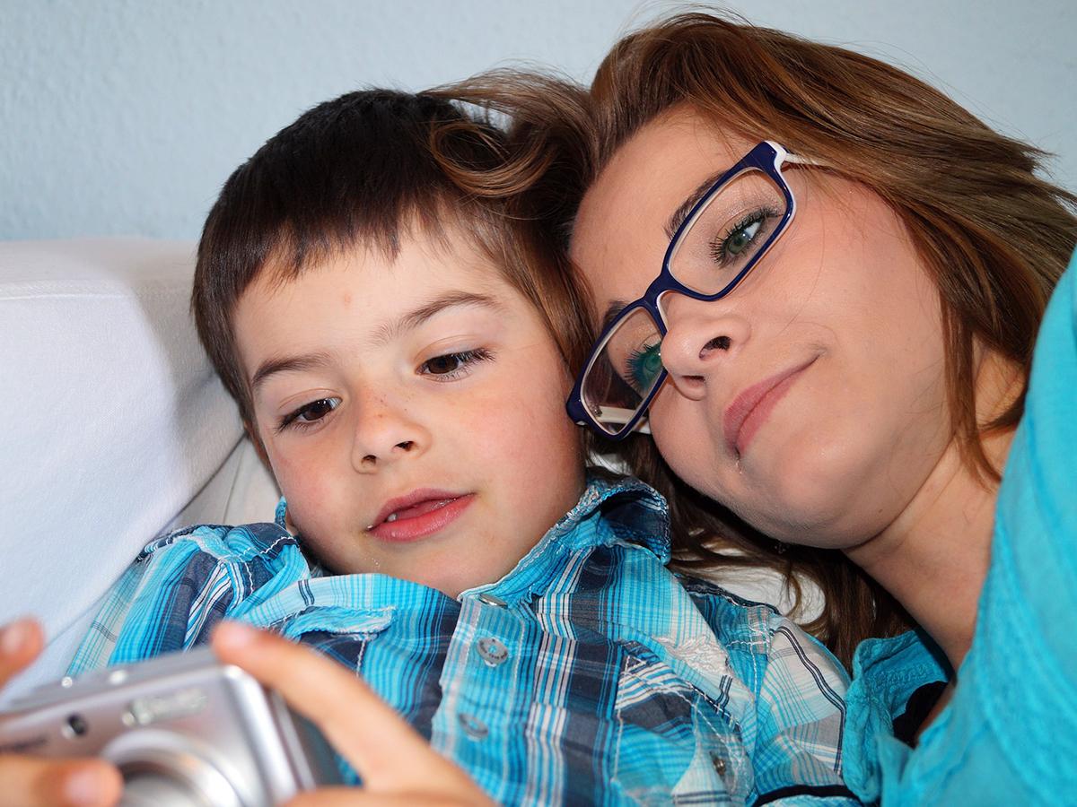 自閉症の子へ親が行う療育で、親のストレスやうつリスクも低下 r4