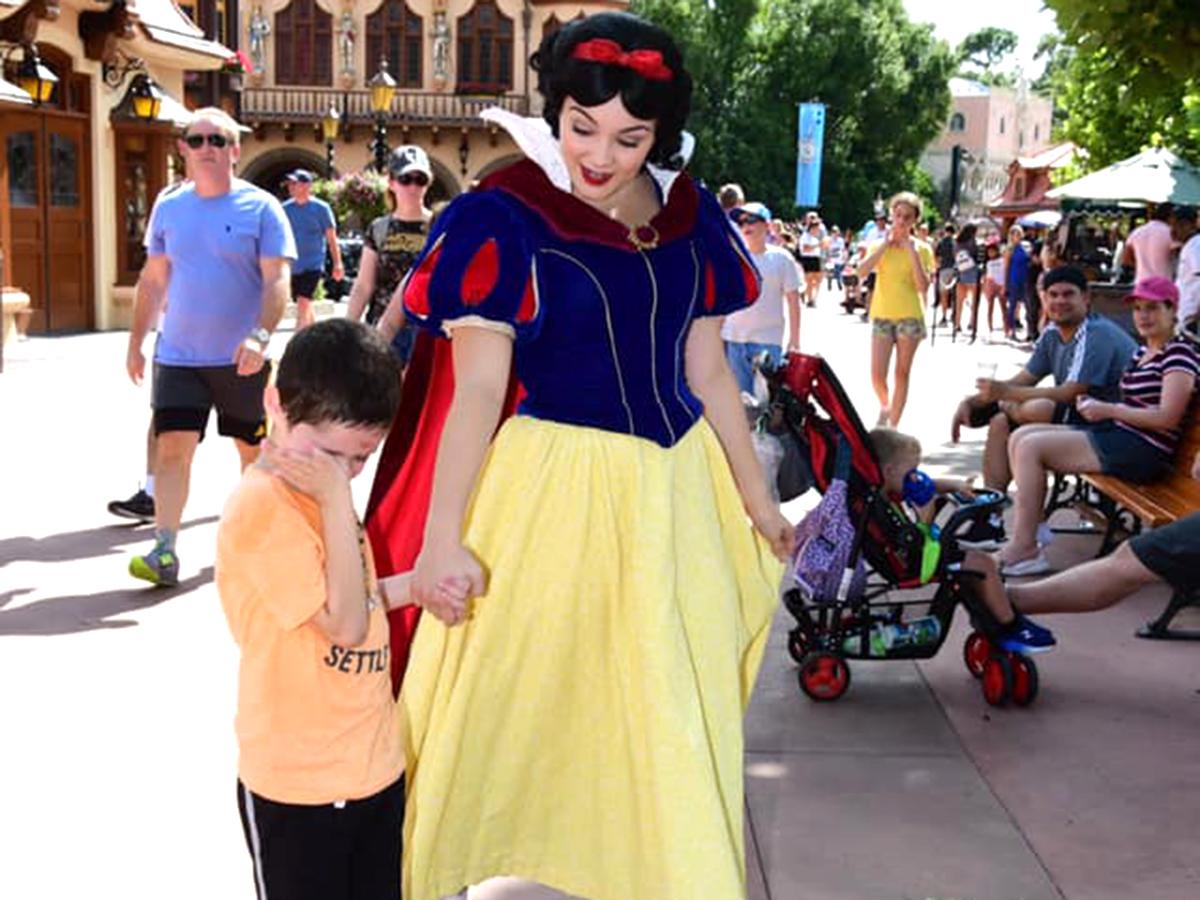発達障害の息子に素晴らしい対応をしてくれた白雪姫はまるで天使 s5