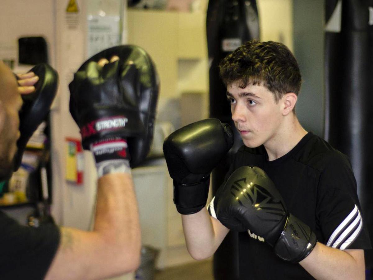 発達障害の青年はボクシングを始めると薬を飲む必要もなくなった