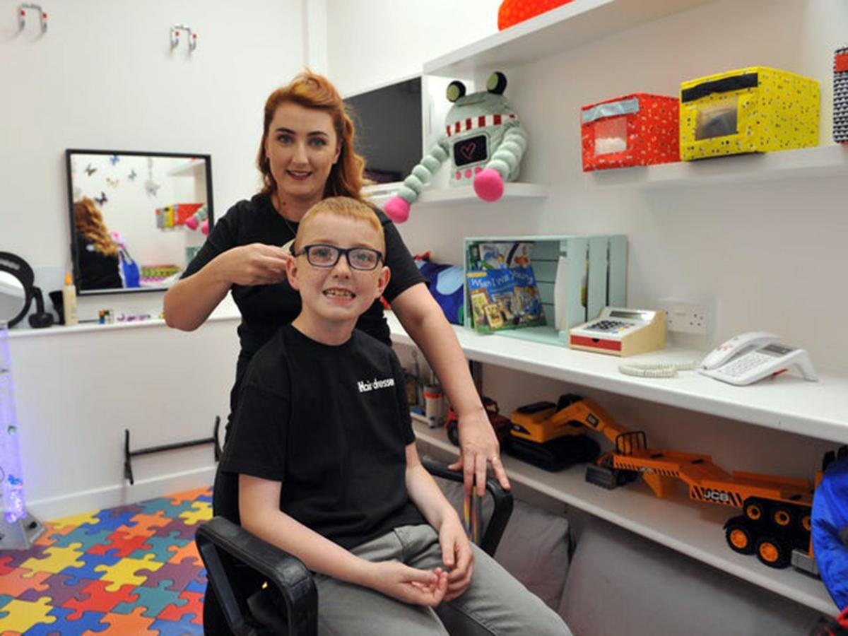 発達障害の子を持つ母がそうした子たち向けの部屋を設けた美容院 h2
