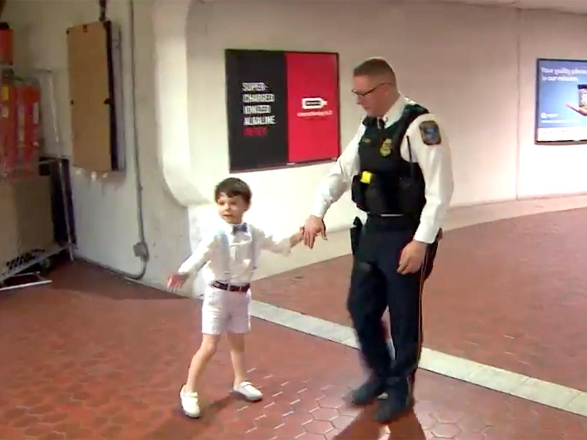 発達障害の少年と母親は助けてくれたあの鉄道警察官に再び会えた t3-1