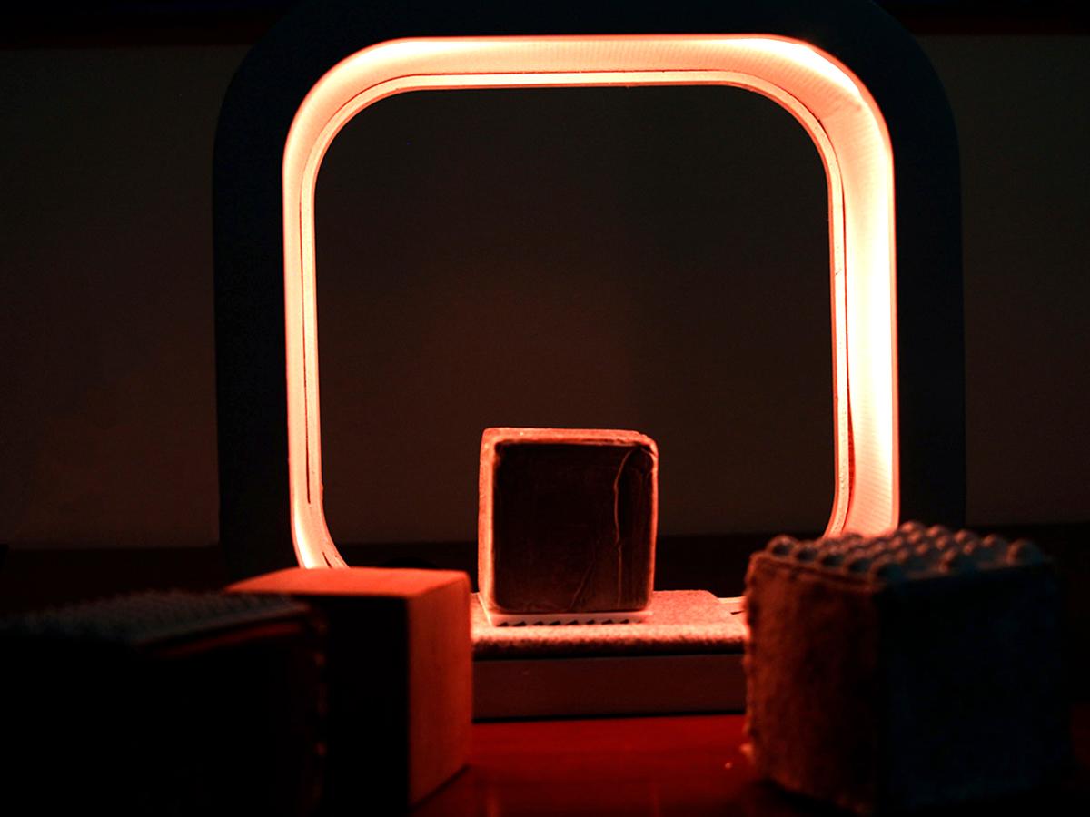 光と触感で発達障害の子どもの感覚発達を助ける「シングス」