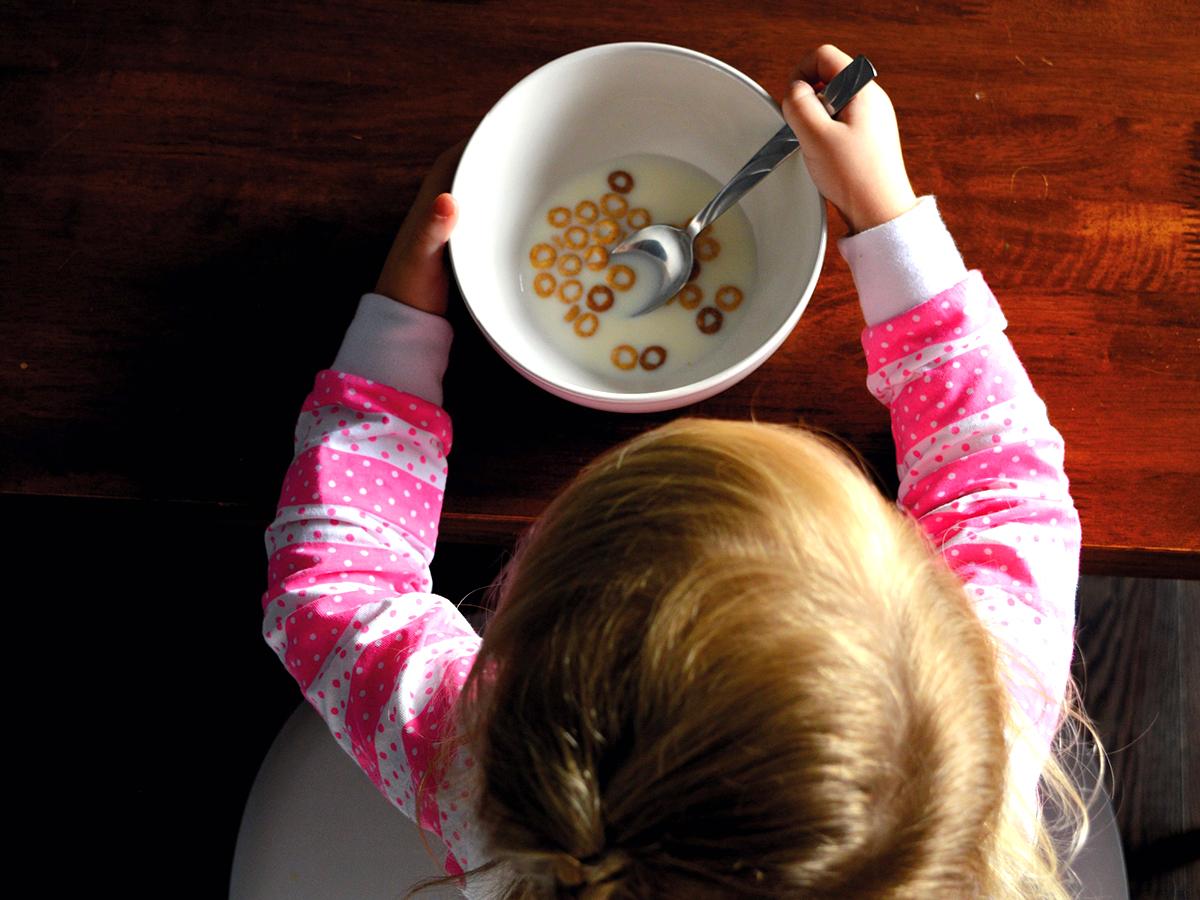 自閉症への食事療法。サプリでほんのわずかな効果があったのみ
