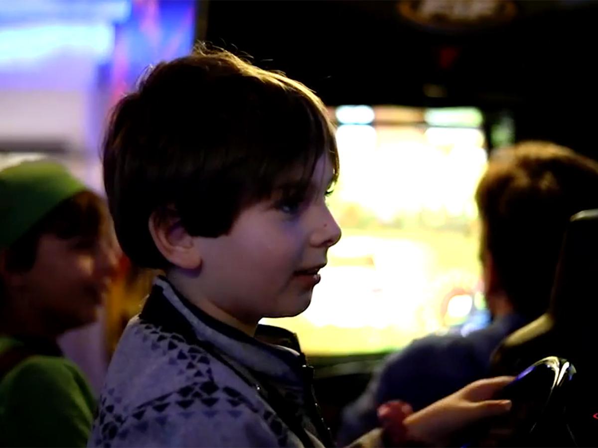 発達障害の子も親も安心して楽しめ交流できる「ゲームナイト」 g14