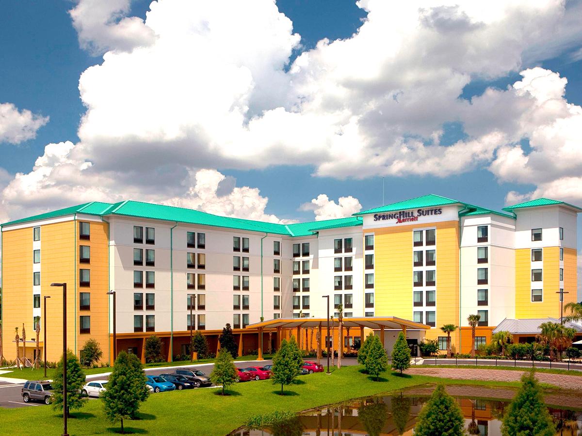 すべてのスタッフが自閉症の人と家族をサポートできる認定ホテル