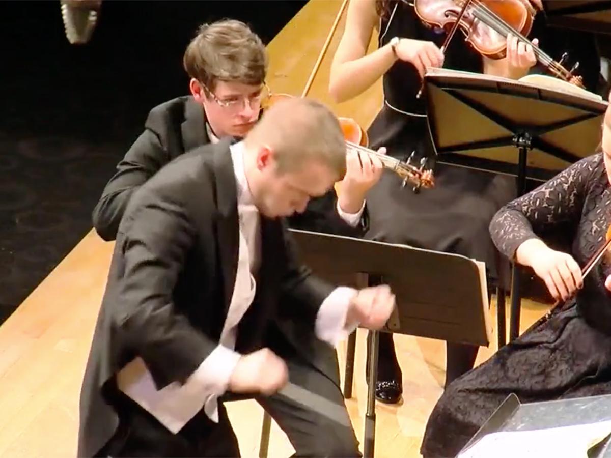 発達障害少年はピアノからトランペットに変えオーケストラで活躍 o3-1
