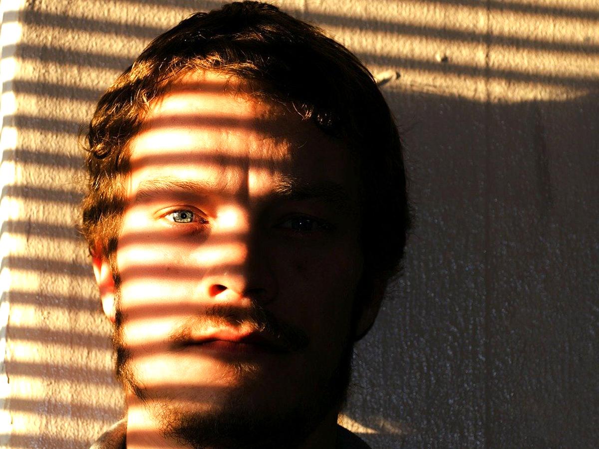 目が見える人に比べ見えない人が自閉症であることは30倍以上
