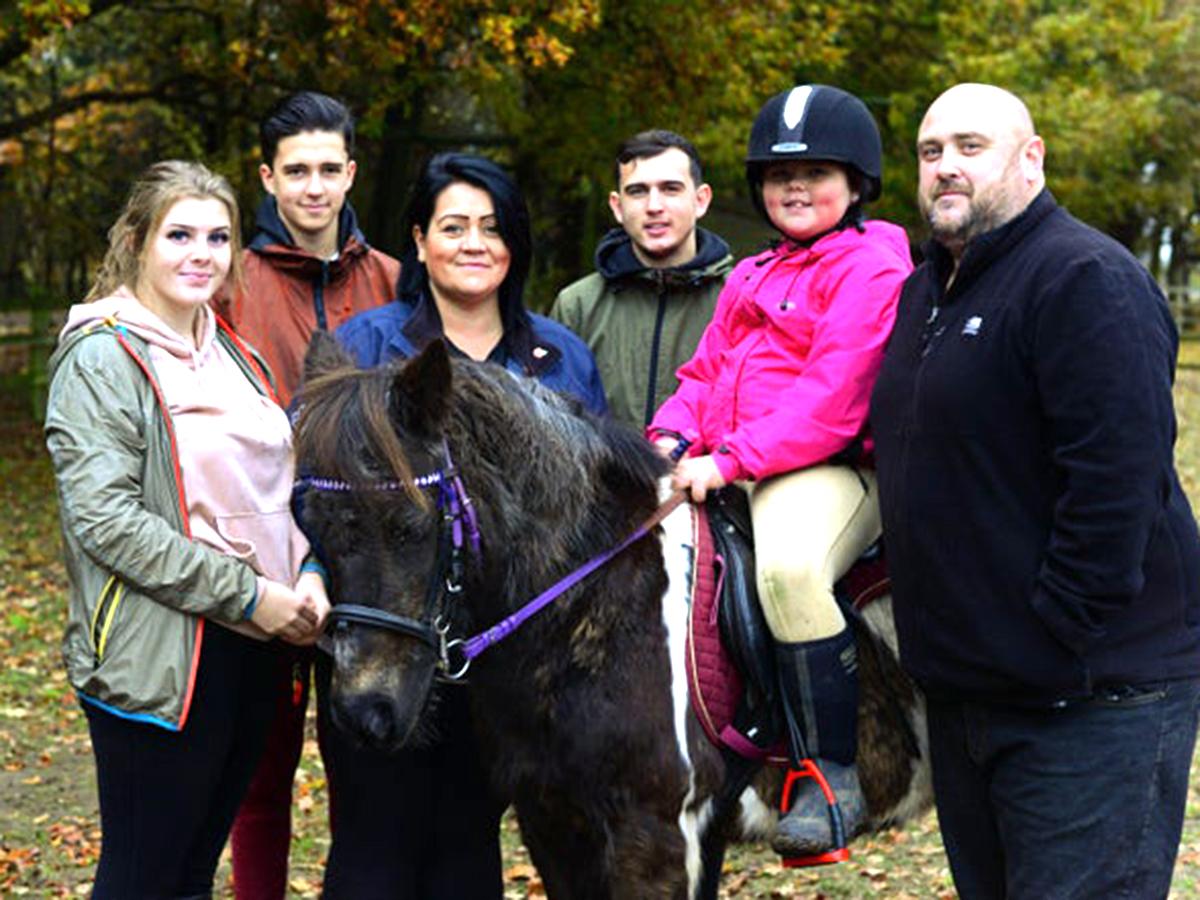 発達障害の子たちが馬と過ごし他人と違っていいことがわかる場所 u2