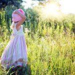 自閉症の女の子が自閉症と診断されるのは男の子より1年半遅れ