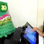 それぞれの自閉症の子の能力レベルを認識し対応できるロボット