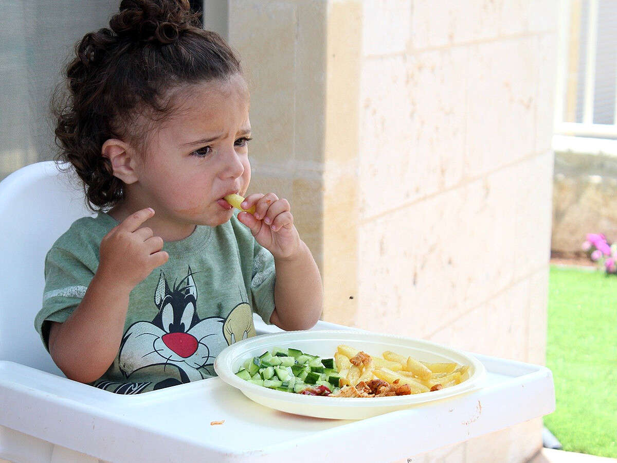 自閉症の人は同時に摂食障害をかかえることも多い。研究結果 e3